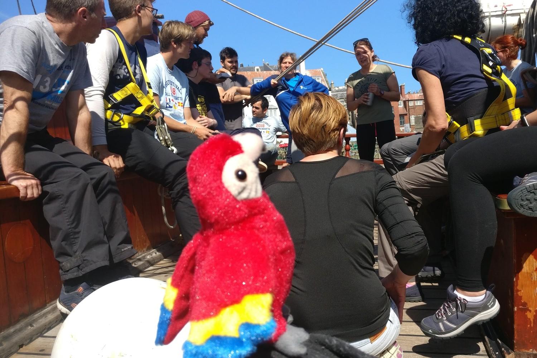 Sandy the Parrot