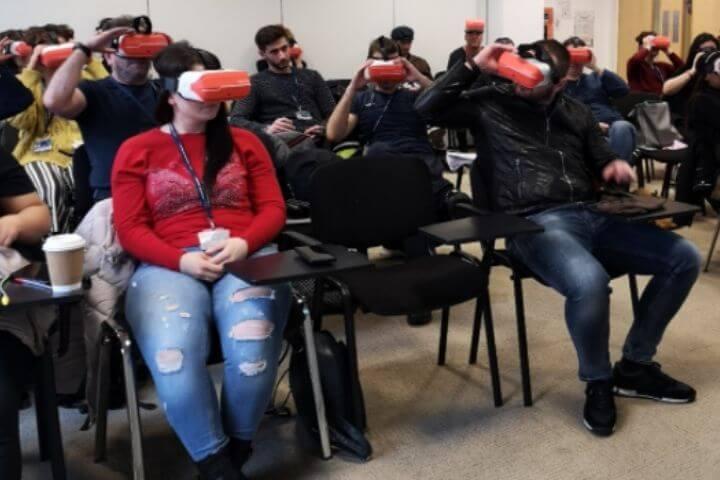 University of Sunderland in London students using VR headsets